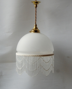 One bead fringe shade pendant lamp